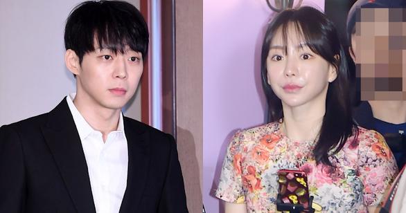 Rúng động phóng sự cáo buộc ông trùm giải trí Hàn Quốc môi giới mại dâm - Ảnh 2.