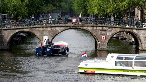 Bảo vệ môi trường, Amsterdam cấm xe chạy bằng xăng, dầu diesel - Ảnh 1.