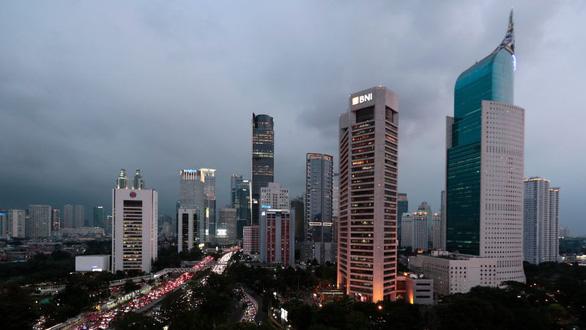 Jakarta chìm nhanh nhất thế giới, TP.HCM đứng thứ 3 - Ảnh 1.