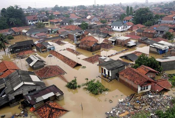 Jakarta chìm nhanh nhất thế giới, TP.HCM đứng thứ 3 - Ảnh 3.