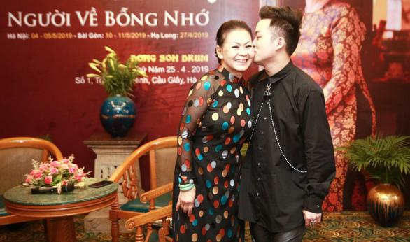 Lần đầu tiên Khánh Ly song ca với Tùng Dương - Ảnh 1.