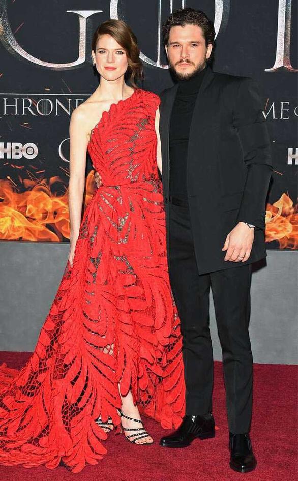 Jon Snow của Game of Thrones nhập viện điều trị stress - Ảnh 1.