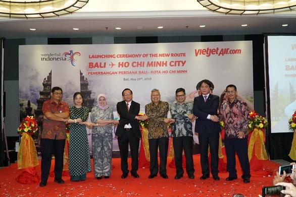 Vietjet chính thức khai trương đường bay TP.HCM - Bali - Ảnh 4.