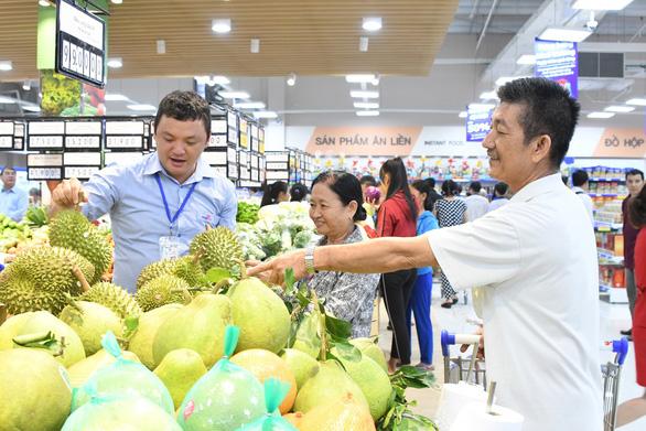 """Hàng trăm trái cây giảm giá trong  """"Lễ hội trái cây"""" - Ảnh 1."""