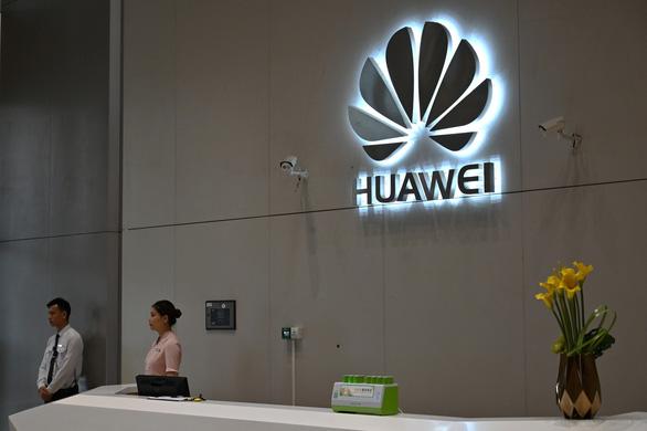 Huawei dính vòng kim cô, đến lượt Trung Quốc tung danh sách đen - Ảnh 2.