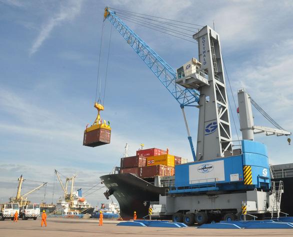 Vinalines thu hồi xong 75,01% cổ phần cảng Quy Nhơn - Ảnh 1.