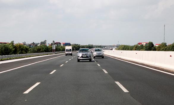 Đường cao tốc Hà Nội - Hải Phòng: Món nợ 10 năm! - Ảnh 1.