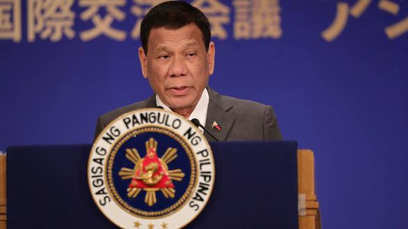 Ông Duterte: Tôi yêu Trung Quốc, nhưng tôi... buồn lắm! - Ảnh 1.