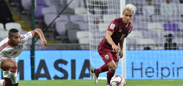 Chanathip chấn thương, lỡ cơ hội đối đầu tuyển Việt Nam tại Kings Cup 2019 - Ảnh 1.