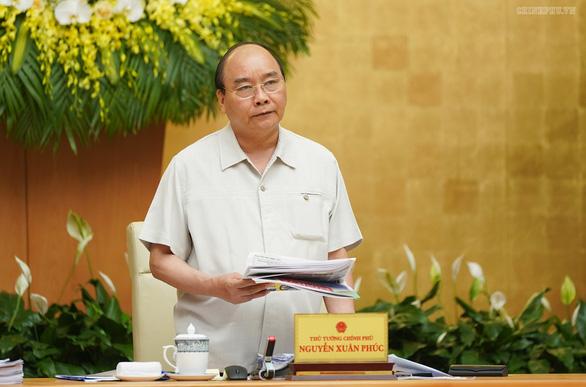 Họp Chính phủ thường kỳ, Thủ tướng yêu cầu báo cáo việc tăng giá điện - Ảnh 1.