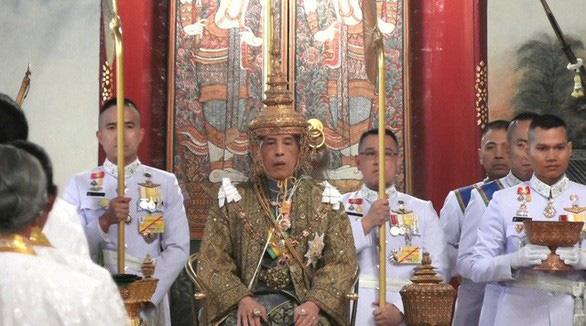 Vua Thái kêu gọi đoàn kết dân tộc - Ảnh 1.