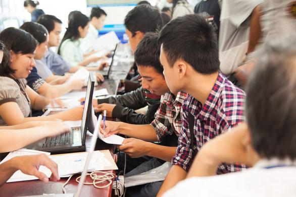 Nhiều thí sinh xét tuyển học bạ vào Đại học Duy Tân 2019 - Ảnh 2.