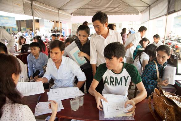 Nhiều thí sinh xét tuyển học bạ vào Đại học Duy Tân 2019 - Ảnh 1.