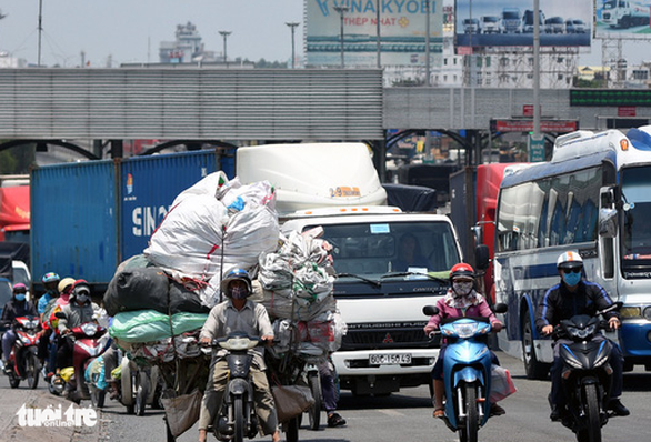 Bộ trưởng Nguyễn Văn Thể: Sắp tới nhiều tỉnh phía Nam bị ùn tắc giao thông - Ảnh 2.
