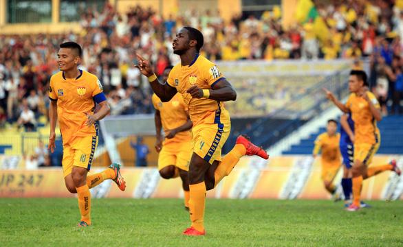Thanh Hóa thắng trận đầu tiên trên sân nhà - Ảnh 1.