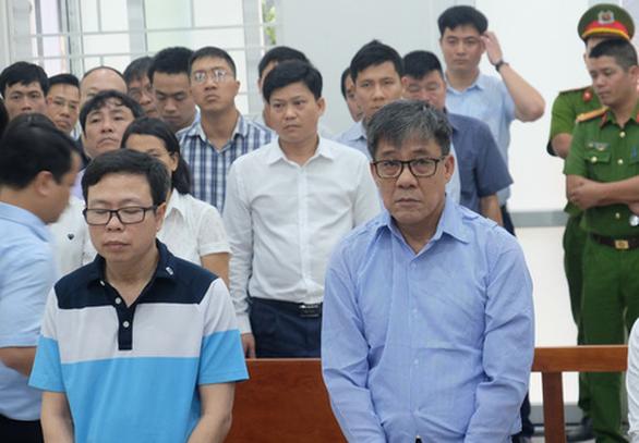 Ba cựu lãnh đạo PVEP hầu tòa vì nhận lãi ngoài từ OceanBank - Ảnh 1.