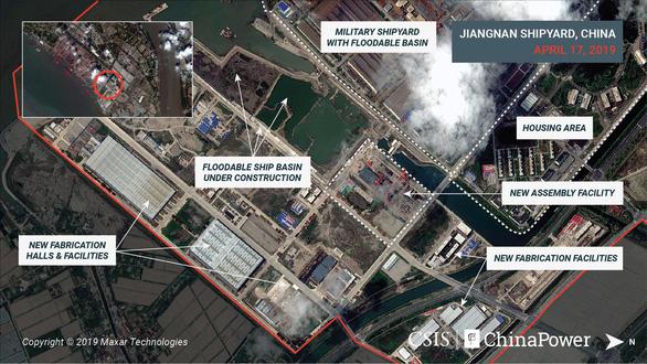 Hình ảnh vệ tinh về tàu sân bay 'khủng' nhất của Trung Quốc - Ảnh 4.