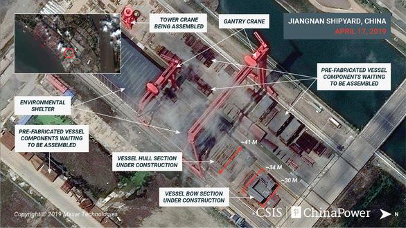 Hình ảnh vệ tinh về tàu sân bay 'khủng' nhất của Trung Quốc - Ảnh 1.