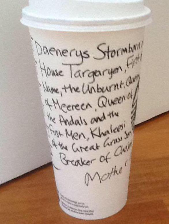 Khó tin: Game of Thrones để quên ly cà phê thế kỷ 21 vào phim - Ảnh 3.