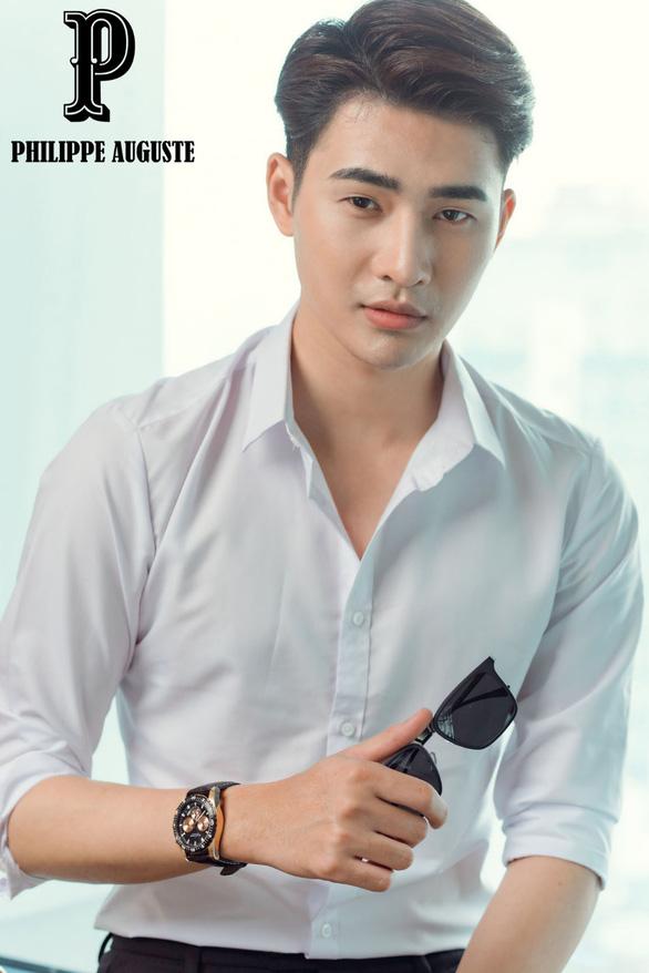 Đăng Quang Watch khuyến mãi dịp sinh nhật 10 năm - Ảnh 2.