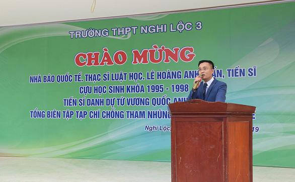 Nhà báo quốc tế thất hứa xây 50 nhà tình nghĩa cho dân nghèo Hà Tĩnh - Ảnh 1.