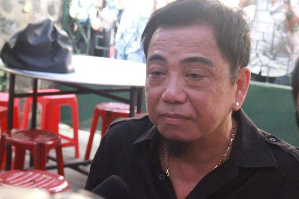 Danh hài Hồng Tơ bị bắt vì đánh bạc với 5 người tại quán cà phê - Ảnh 1.