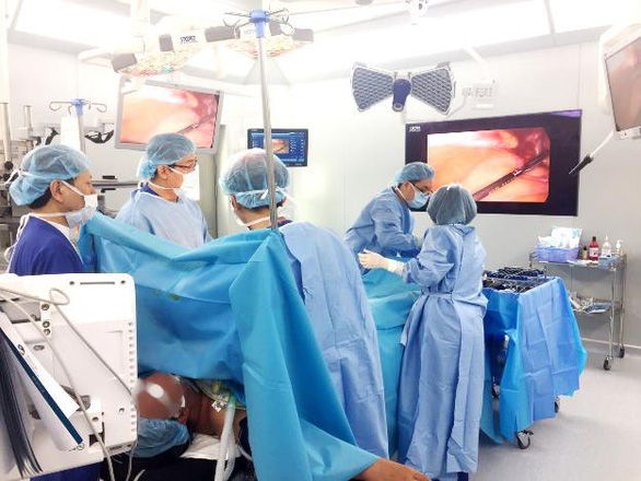 Điều trị và theo dõi ung thư đại trực tràng tránh tái phát - Ảnh 2.