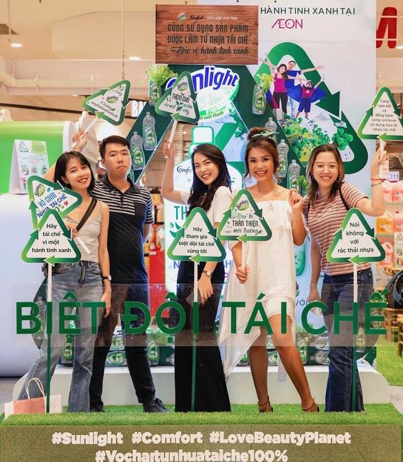 Người trẻ và niềm tin vào việc dùng bao bì từ nhựa tái chế - Ảnh 1.