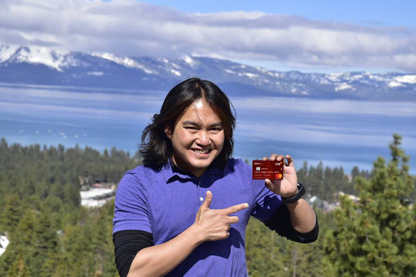 Hè thêm thú vị với loại thẻ tín dụng miễn lãi trọn đời - Ảnh 2.