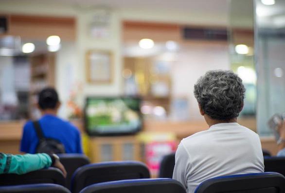 Bệnh viện Thái Lan dùng trí tuệ nhân tạo giảm quá tải bệnh nhân - Ảnh 1.