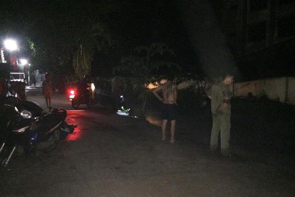 Đang tìm kiếm 2 người bị nước suối cuốn trôi tại Đồng Nai - Ảnh 1.