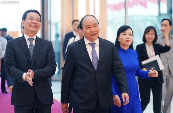 Thủ tướng dự diễn đàn phát triển doanh nghiệp công nghệ Việt Nam - Ảnh 2.
