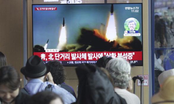 Triều Tiên tiếp tục phóng vật thể không xác định - Ảnh 1.