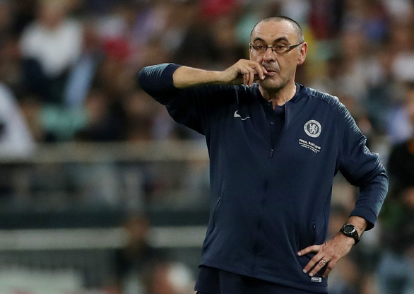 Rộ tin HLV Sarri chia tay Chelsea - Ảnh 1.