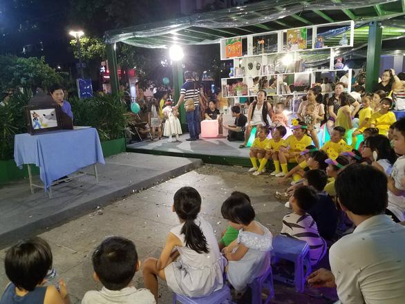 Đông đảo người dân tham dự Ngày hội văn hóa đọc lần đầu tại TP.HCM - Ảnh 4.