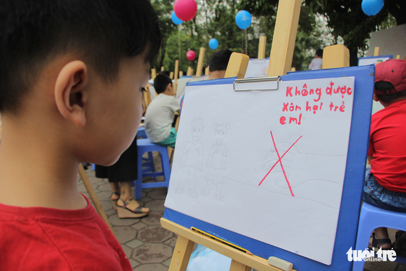 Trẻ em gửi thông điệp chống xâm hại, chống bạo lực qua tranh vẽ - Ảnh 3.