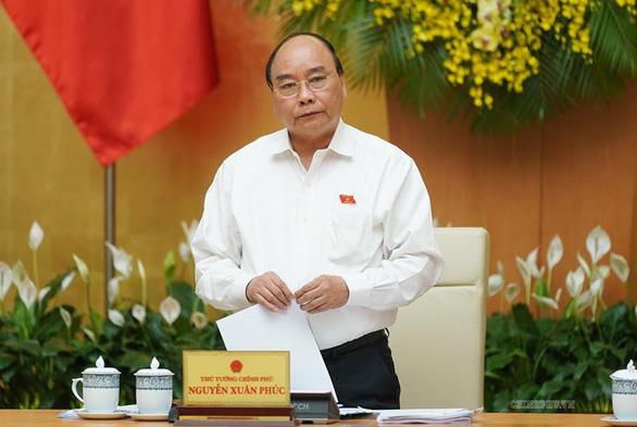 Thủ tướng Nguyễn Xuân Phúc: địa phương phải chịu trách nhiệm tổ chức kỳ thi an toàn - Ảnh 1.