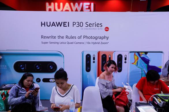 Doanh nghiệp công nghệ yêu cầu nhân viên dừng trao đổi thông tin với Huawei - Ảnh 2.