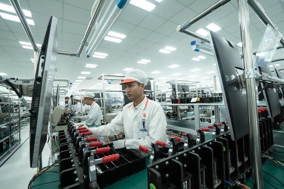 Vingroup xây thêm nhà máy sản xuất điện thoại - Ảnh 1.