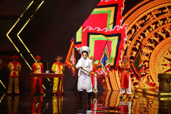 Kết hợp múa lửa trong hit của Hồ Ngọc Hà, Hà Nhi - Tăng Phúc đoạt quán quân - Ảnh 4.