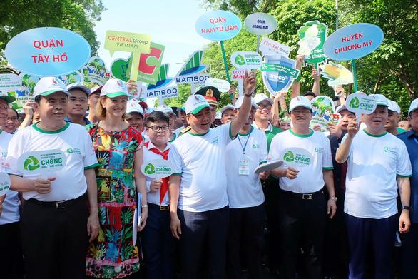 Thủ tướng kêu gọi: Nhà nhà hạn chế rác thải nhựa - Ảnh 1.