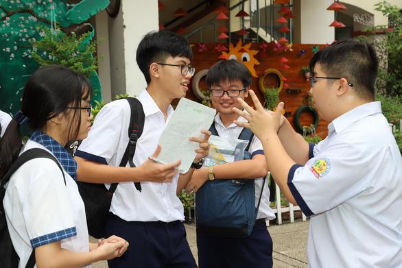 Thêm nhiều tỉnh thành công bố thời gian học sinh đi học trở lại - Ảnh 1.