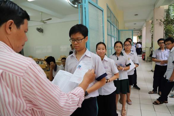 TP.HCM công bố điểm chuẩn lớp 10 chuyên - Ảnh 3.