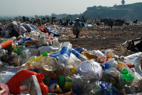 Đà Nẵng kêu gọi dân làm cuộc cách mạng phân loại rác - Ảnh 1.