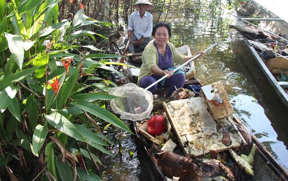 Thải gần 2 triệu tấn nhựa mỗi năm, Việt Nam bị thế giới gọi tên - Ảnh 1.
