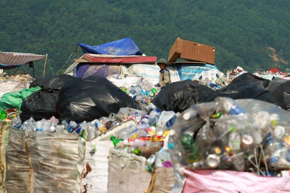 Đà Nẵng kêu gọi dân làm cuộc cách mạng phân loại rác - Ảnh 2.