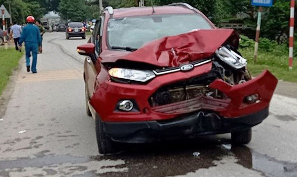 Tạm đình chỉ thiếu úy công an lái xe gây tai nạn làm 2 người chết - Ảnh 1.