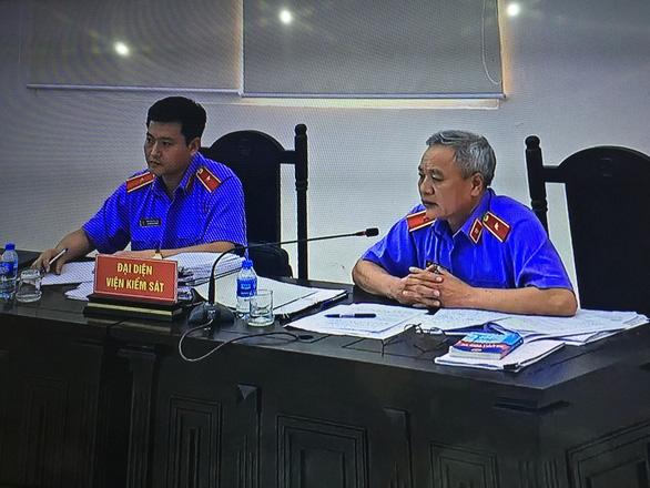 Cựu thứ trưởng Trần Việt Tân: Không kêu oan, cựu thứ trưởng Bùi Văn Thành: Xin án treo - Ảnh 2.