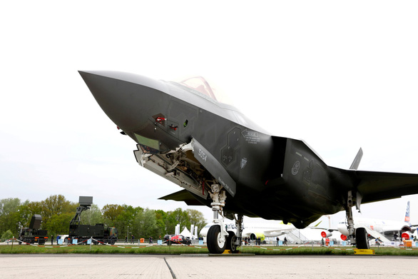 Trung Quốc nói có rađa dò được máy bay tàng hình F-35 của Mỹ - Ảnh 1.