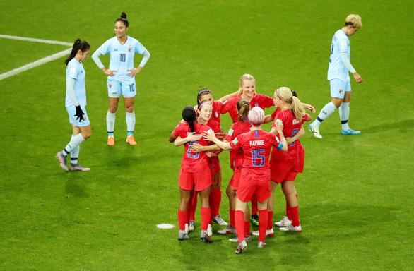 Tuyển nữ Thái Lan thảm bại với tỉ số không tưởng 0-13 trước Mỹ - Ảnh 2.
